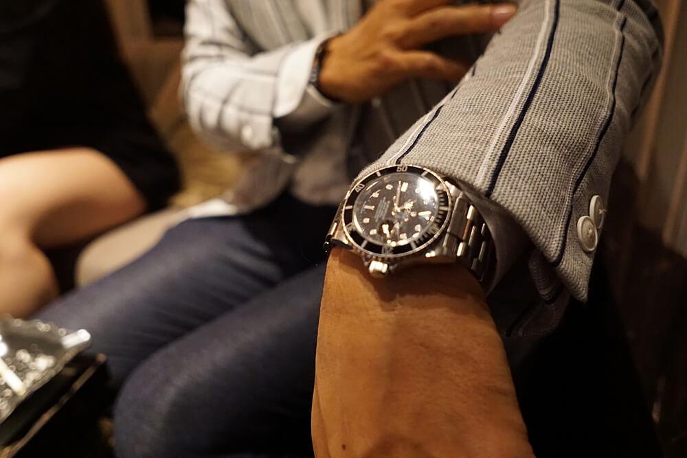 こちらが安い時計