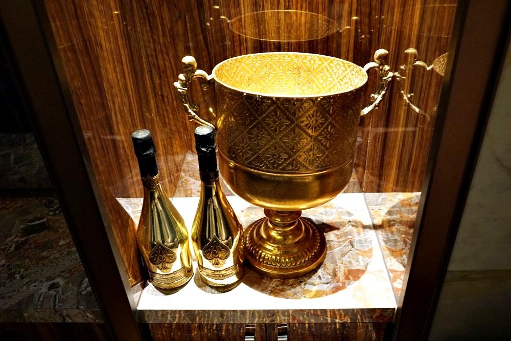 でっかい黄金杯
